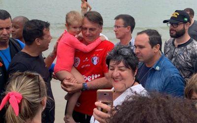 MBL entra na justiça para Bolsonaro devolver dinheiro gasto nas férias em SC