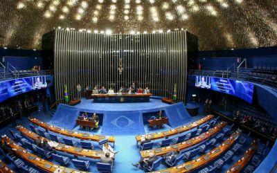 Confira os senadores que assinaram a CPI para investigar Bolsonaro